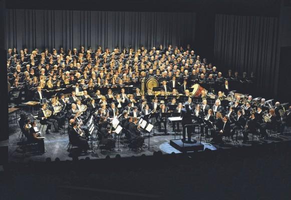 Die Concordia rüttelte an den Grundfesten des Equilibre und brachte den Konzertpalast samt Zuhörerschaft zum Vibrieren / Bild Corinne Aeberhard